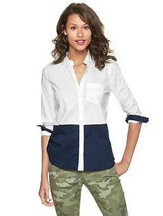 Shrunken boyfriend colorblock shirt   Gap