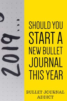 Bullet Journal Tips and Tricks For New Year - Bullet Journal New Year Ideas - New Year Bullet Journal Layouts and Ideas Bullet Journal Yearly Spread, Bullet Journal Index, Bullet Journal Quotes, Journal Fonts, Bullet Journal Tracker, Bullet Journal 2019, Bullet Journal Printables, Bullet Journal How To Start A, Bullet Journal Themes