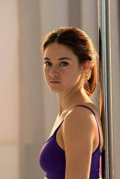 Shailene Woodley - New 'Snowden' Still Hollywood Celebrities, Hollywood Actresses, Actors & Actresses, Shailene Woodley, Beautiful Celebrities, Beautiful Actresses, Prettiest Actresses, Brunette Actresses, Thing 1