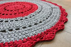 DIY Crochet Rug by Plutomeisje