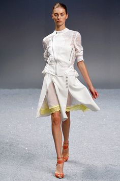 Sacai Spring 2012 Ready-to-Wear Collection Slideshow on Style.com