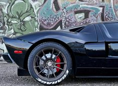 Droolworthy 2005 Ford GT. Like what you see> hit the image for more cool 'pinworthy' photos #legend #spon #fordgt