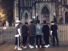 Squad Pictures, Boy Pictures, Friend Pictures, Boy And Girl Best Friends, Group Of Friends, Cute Friends, Korean Boys Ulzzang, Ulzzang Boy, Boy Squad
