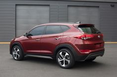 2016 Hyundai Tucson's wheelbase has been increased by more than an inch, for enhanced design proportions, interior flexibility and a smoother ride.
