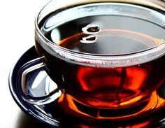 Chá desintoxicante  -      Ingredientes: Morango desidratado, Mamão papaya desidratado, Estevia ,Tamarine folhas ,Carqueja , Capim Cidreira , Pitanga (folhas)  ,Chá branco , Hibisco.  Modo de preparo Misturar a mesma quantidade de cada planta. Misture 2 colheres de sopa do composto em 1 litro de água fervente e tomar 1 xícara de chá 5 vezes por dia, nos intervalos das refeições