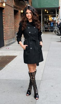 Selena Gomez - Trench Coat and Gladiators i should have my hair wavy and curly