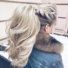 ponytail hairstyles No fuss updo! No need to go all out this Valentines Day and do some crazy-complicated hairstyle. these gorgeous ponytail hairstyles are also perfect. Hairstyles With Bangs, Trendy Hairstyles, Straight Hairstyles, Braided Hairstyles, Wedding Hairstyles, Hairstyle Ideas, Ladies Hairstyles, Bangs Updo, Hair Bangs