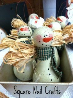 Light bulb snowman angels www.facebook.com/squarenailcrafts