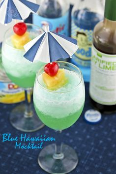 A fun drink to prepare for any occasion. Only 3 ingredients and some crushed ice needed. | Food to gladden the heart at RotiNRice.com