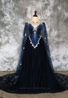 feysanddreams: Feyre's wedding gown, this is too perfect