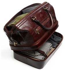 Indiana Leather Adventure Duffel. Even though I think this is a mans bag, I want it.
