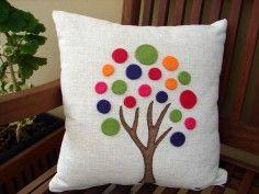 collection of cushions arborecer catarinas Crochet Cushion Cover, Diy Cushion, Patchwork Cushion, Crochet Cushions, Applique Pillows, Sewing Pillows, Diy Pillows, Decorative Pillows, Throw Pillows