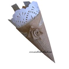 confetti cones, petals cone, cono para arroz, cono para confetti, cono para pétalos, cono para boda, cono de yute, cono elegante, cono original para boda, burlap cone, hessian cone