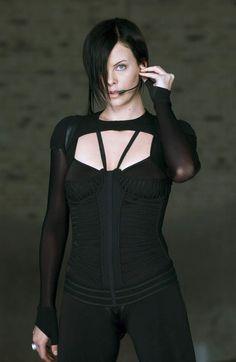 Aeon Flux (Charlize Theron)