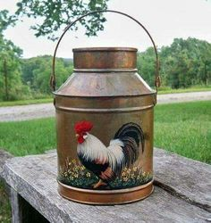 can painted ( artwork of a rooster) Rooster Kitchen Decor, Rooster Decor, Chicken Painting, Chicken Art, Rooster Art, Red Rooster, Arte Do Galo, Painted Milk Cans, Milk Can Decor