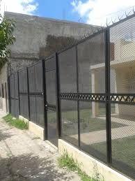 rejas de metal desplegado - Buscar con Google Security Gates, Mesh Fencing, Home Guard, Farm Gate, Loft Design, Windows And Doors, Perfect Place, Ideas Para, Fence