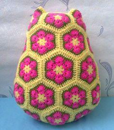 Планета Вязания | Сова-сплюшка из цветочных мотивов