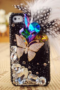 I think this is a really cool Iphone cover. I wonder how it would fit in your pocket though?
