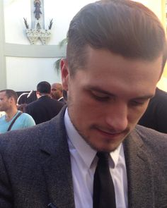 its_josh_its_jlaw Picture credit to my sis… Up close and perfect, hair on point  #joshhutcherson #imprintceremony (x)