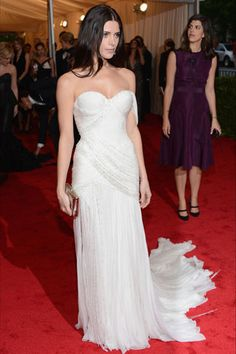 Ashley Greene @ the Costume Institute's 2012 Gala. Love love love the dress, but the hair could be better.