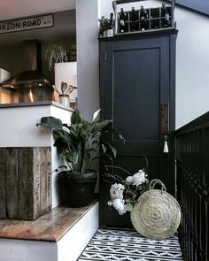 """480 Likes, 48 Comments - Samantha Hansard (@vintagecuratorinteriors) on Instagram: """"I've been very very quiet on here due to a smashed phone but I know that I really do need to get…"""""""