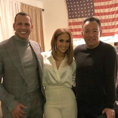 Jennifer Lopez and Alex Rodriguez Hang Out With Bruce Springsteen: 'One of the All-Time Greats' Jennifer Lopez Songs, Pictures Of Jennifer Lopez, Elvis Presley, J Lo Fashion, Born To Run, Washington Redskins, Bruce Springsteen, New Look, Singer