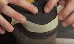 L'astuce indispensable et pas chère pour réparer les talons rongés et usés de vos chaussures