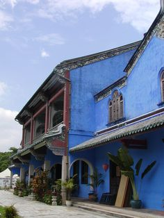 The beautiful Blue Mansion  Georgetown Penang  Chinese business man, Cheong Fatt Tze built this beautiful feng shui house in the late 1800's  photo by jadoretotravel