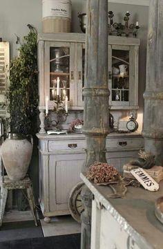 40 Amazing Shabby Chic Country Kitchen Decorating Ideas for 2019 2 Brocante 40 Amazing Shabby Chic Country Kitchen Decorating Ideas for 2019