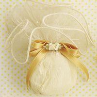 Receita de bem-casado Ballet Dance, Dance Shoes, Flowers, Party Favors, Shapes, Recipes, Dancing Shoes, Ballet, Royal Icing Flowers
