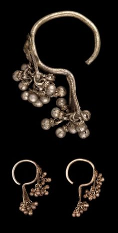 India - Maharashtra State, Chikalda - Woman's ear ornaments - Bali - from the Korku people; silver