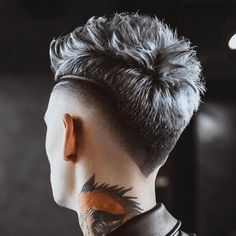 15 Popular Haircuts For Men - Hairstyles Hair Ideas, Cut And Colour Inspiration Hairstyles Haircuts, Haircuts For Men, Barber Haircuts, Fashion Hairstyles, Hair And Beard Styles, Curly Hair Styles, Haare Tattoo Designs, Haircut Designs For Men, Mens Hair Designs