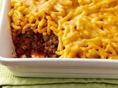 Mac and Cheese Topped Sloppy Joe Casserole: Betty Crocker® mac & cheese tops sloppy joe filling for an unbeatable family-favorite supper combo! Sloppy Joe Casserole, Mac And Cheese Casserole, Casserole Recipes, Casserole Dishes, Mac Cheese Recipes, Beef Recipes, Cooking Recipes, Recipes With Manwich Sauce, Yummy Recipes