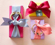 cute jewelry wrap
