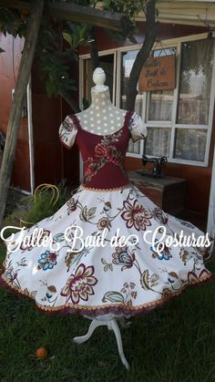 Dance Outfits, Frocks, Chile, Womens Fashion, Casual, Google, Dresses, Folklorico Dresses, Templates