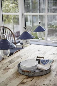 Rustic and industrial country house in London Living In London, Coastal Living, Country Living, Coastal Style, Country Blue, Beautiful Kitchens, Rustic Kitchen, Country Kitchen, Cottage Style