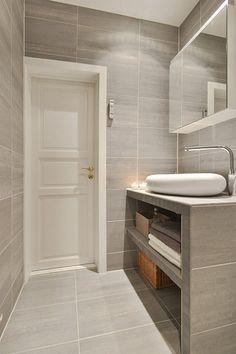 Bolig til salgs Washroom Design, Bathroom Design Luxury, Modern Bathroom, Small Bathroom, Downstairs Bathroom, Bathroom Layout, Ideas Baños, Bathroom Toilets, Bathroom Renovations