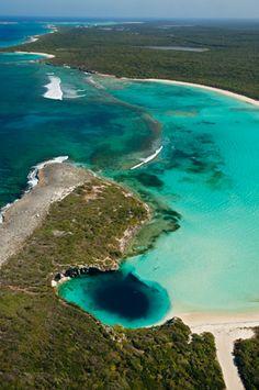 Blue hole - Bahamas