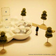 . 6.26 tue . -Open-air bath- . 「お湯加減はいかがですか?」 . 「なかなかいいよ。」 「君もはイルカい?」 . ・・・今日は露天風呂(ろ6 てん・ ぶ2 ろ6)の日です。 . #tanacalendar . #ダジャレ .