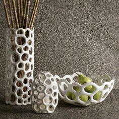 Schale Tablett aus Keramik beige Promkhiri click now to see more. Ceramic Clay, Ceramic Bowls, Ceramic Pottery, Pottery Art, Ceramics Projects, Clay Projects, Diy Clay, Clay Crafts, Cerámica Ideas