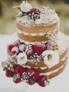 Post Naked Cake's http://www.agendadenoiva.com.br/blog/2017/04/11/tendencia-de-casamento-2017-naked-cakes/