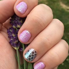 Mermaid nails! She's Unavailable and Bachelorette TruShine gel with a Mermaid Tales accent nail. Jamberry isn't just nail wraps  http://ErikasPrettyPinkies.Jamberry.com
