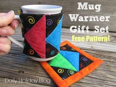 Free Mug Warmer Gift Set Pattern! http://suzyssitcom.com/2015/03/mothers-day-gift-ideas-edison-wax-warmer-and-free-mug-warmer-gift-set-pattern.html?utm_content=buffer2d866&utm_medium=social&utm_source=pinterest.com&utm_campaign=buffer #sewing