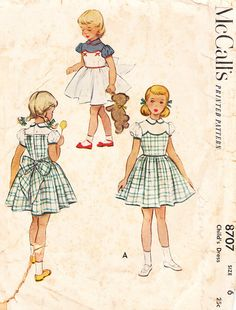 Vintage 1950s FullSkirted Dress with Contrast by daisyepochvintage, $12.00