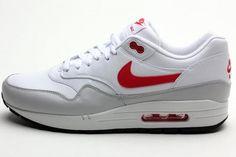 Amazon.com  Nike Men s Air Max 1 Ltr Running Shoe  Clothing 9d4197fb723