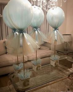 Baby Shower Centerpieces – Standout With Creative Baby Shower Decorations Bricolage Baby Shower, Idee Baby Shower, Shower Bebe, Boy Baby Shower Themes, Baby Shower Balloons, Baby Shower Parties, Baby Boy Shower, Elephant Baby Showers, Diy Shower