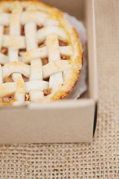 #applepie ~ photos by rebecca hansen for style me pretty