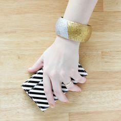 Easy colorblocked glitter bangle. #bracelet #glitter #diy