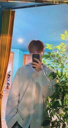 Woozi, Jeonghan, Wonwoo, Seventeen Wallpaper Kpop, Seventeen Wallpapers, Seventeen Junhui, Wen Junhui, Bts Playlist, Seungkwan