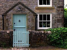 ideas for robins egg blue door color Garage Door Styles, Garage Doors, Provence, Turquoise Door, Aqua Door, Blue Doors, Cottage Front Doors, Front Door Colors, Diy Door
